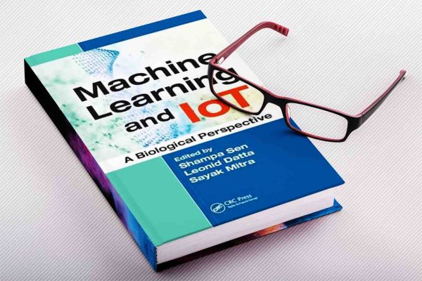Machine Learning and Iot   A Biological Perspective